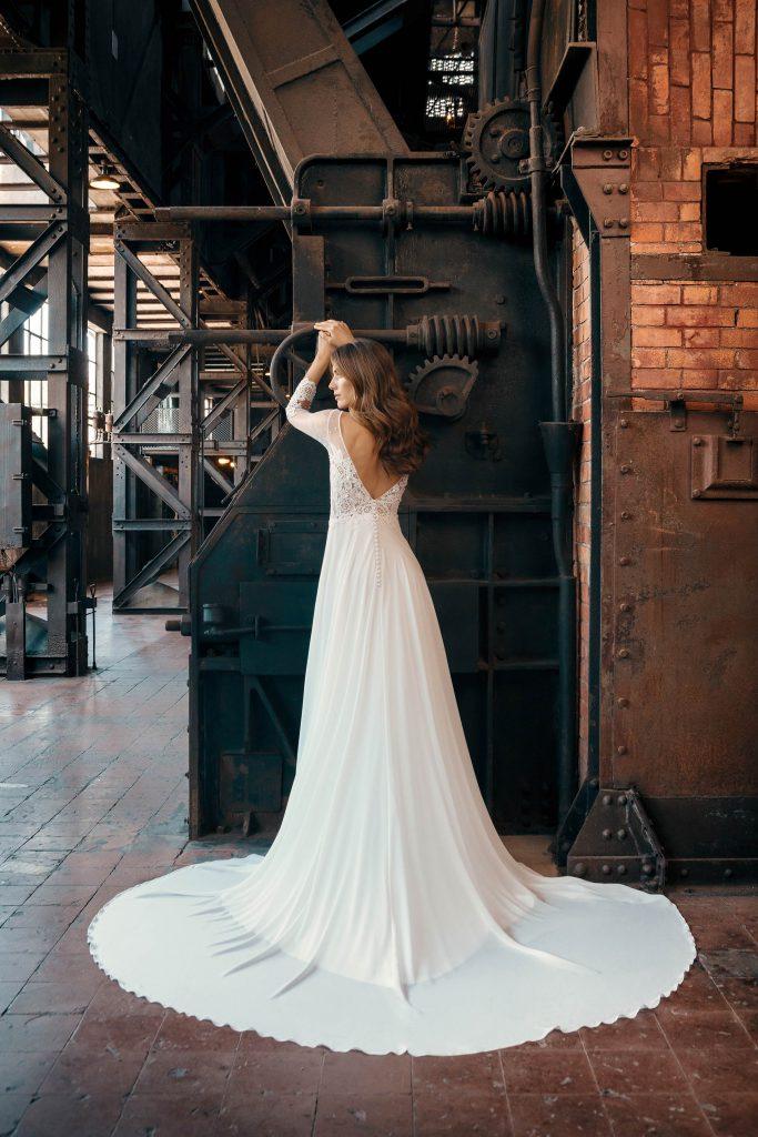 Vestidos de novia 2020 - ELINA - detrás - Silvia Fernandez