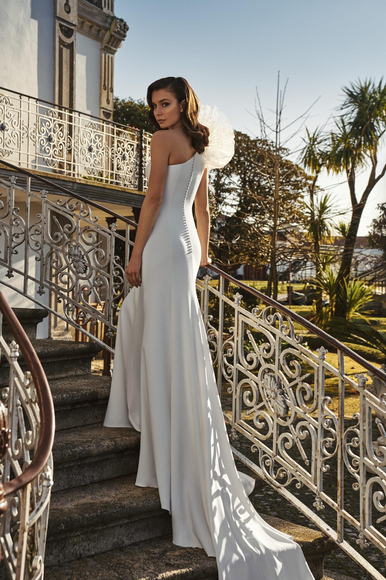 Vestido de novia 2021 - Latino - detras