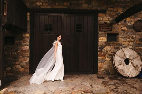 Vestidos de novia 2022 Silvia Fernandez Daviana 90