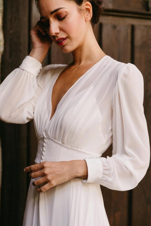 Vestidos de novia 2022 Silvia Fernandez Delicia 26