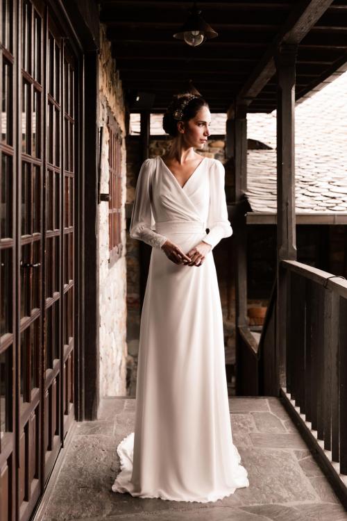 Vestidos de novia 2022 Silvia Fernandez Dinastia 49
