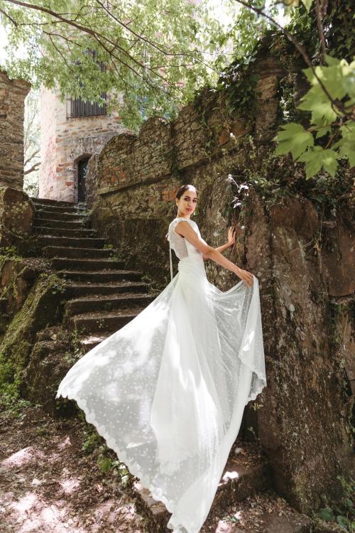 Vestidos de novia 2022 Silvia Fernandez Dakaris 12