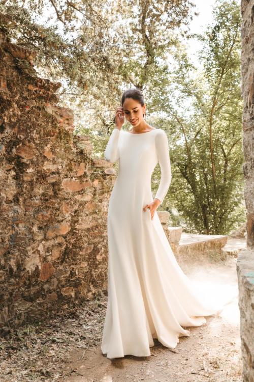 Vestidos de novia 2022 Silvia Fernandez Dalhi 13