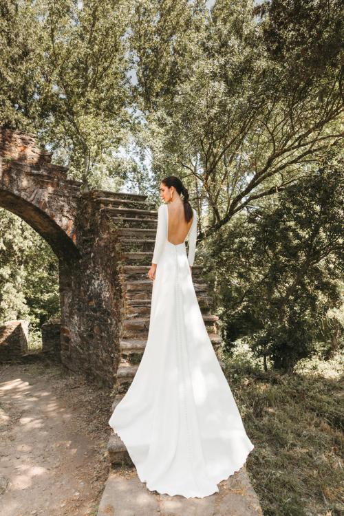 Vestidos de novia 2022 Silvia Fernandez Dalhi 3