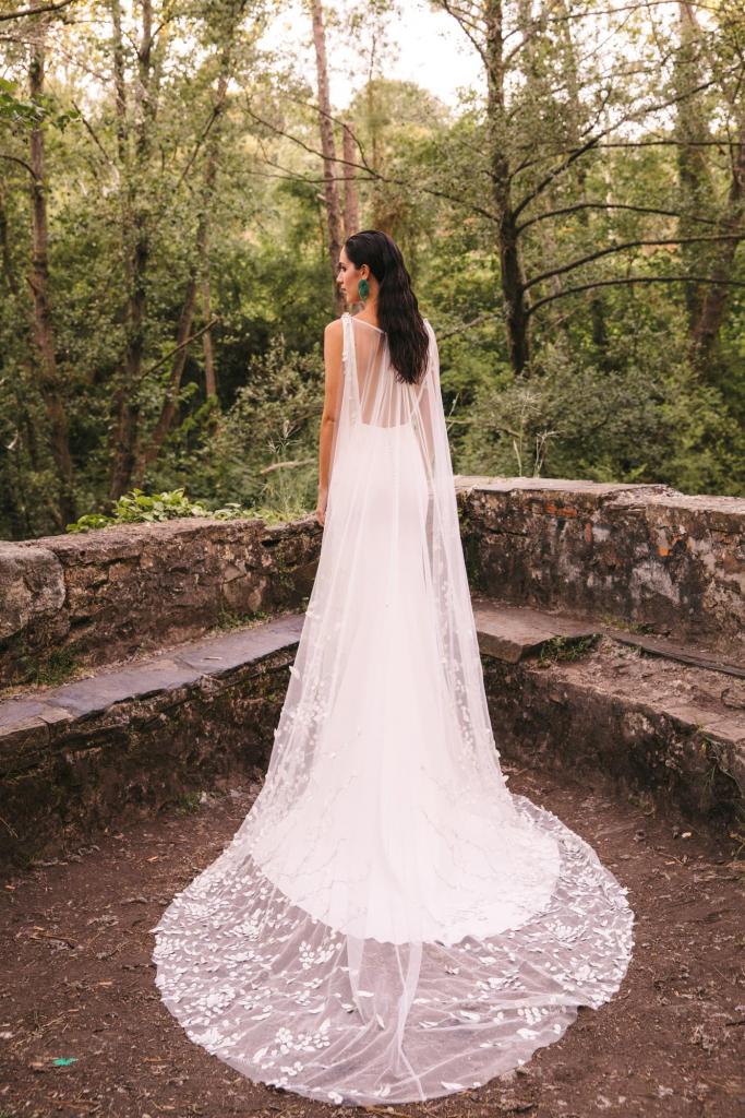 Vestidos de novia 2022 Silvia Fernandez Delicado 1