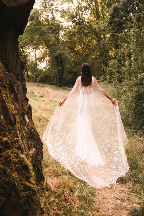 Vestidos de novia 2022 Silvia Fernandez Delicado 11
