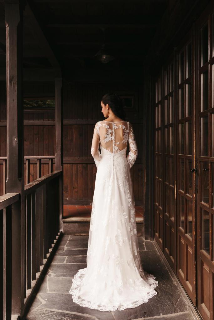 Vestidos de novia 2022 Silvia Fernandez Delirio 11