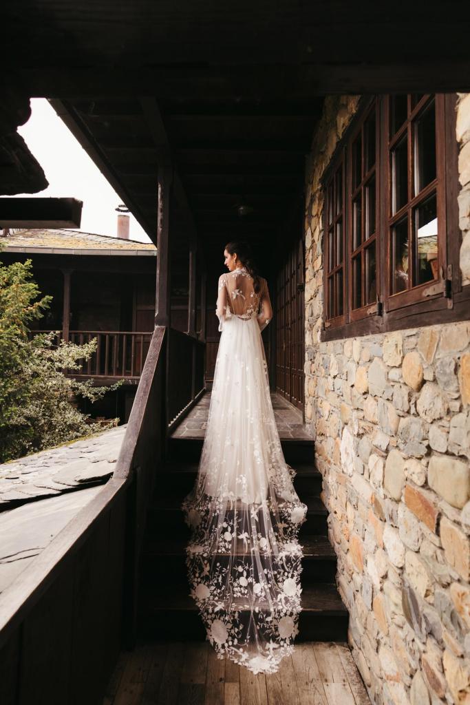 Vestidos de novia 2022 Silvia Fernandez Desierto 1