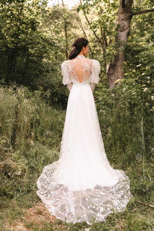 Vestidos de novia 2022 Silvia Fernandez Dylan 1